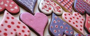 pink-purple-red-heart-shaped-valentines-day-sugar-cookies